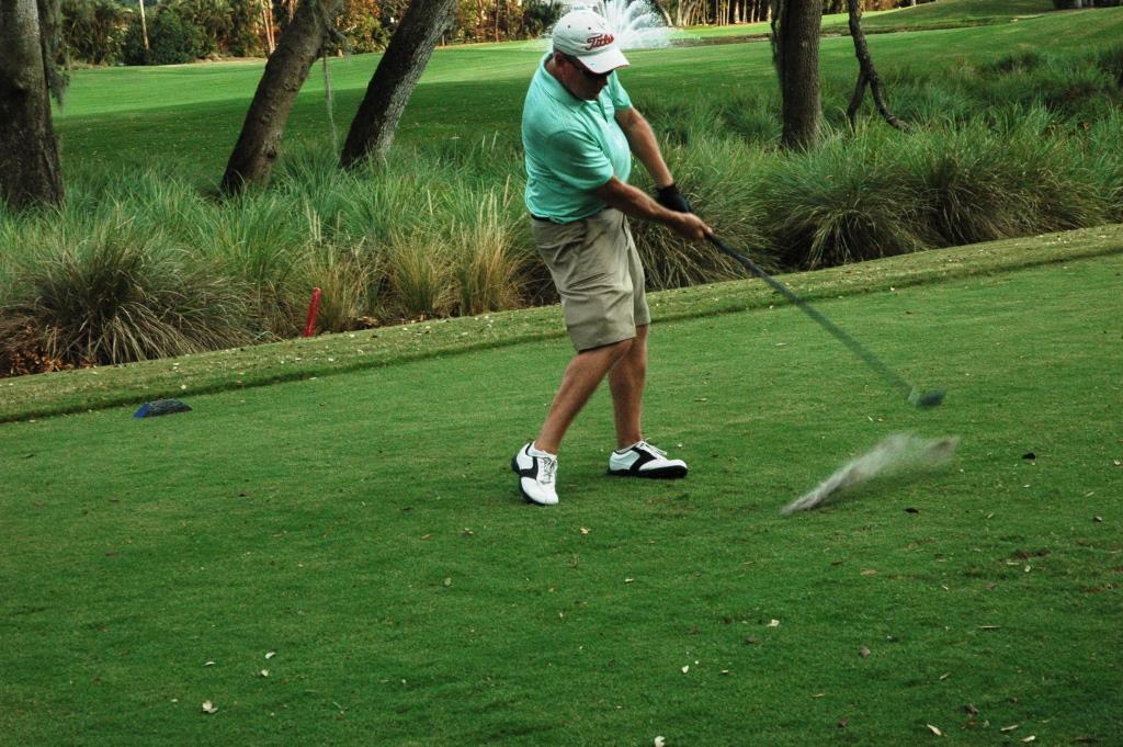 Golf RB - Paul Hauglie 1