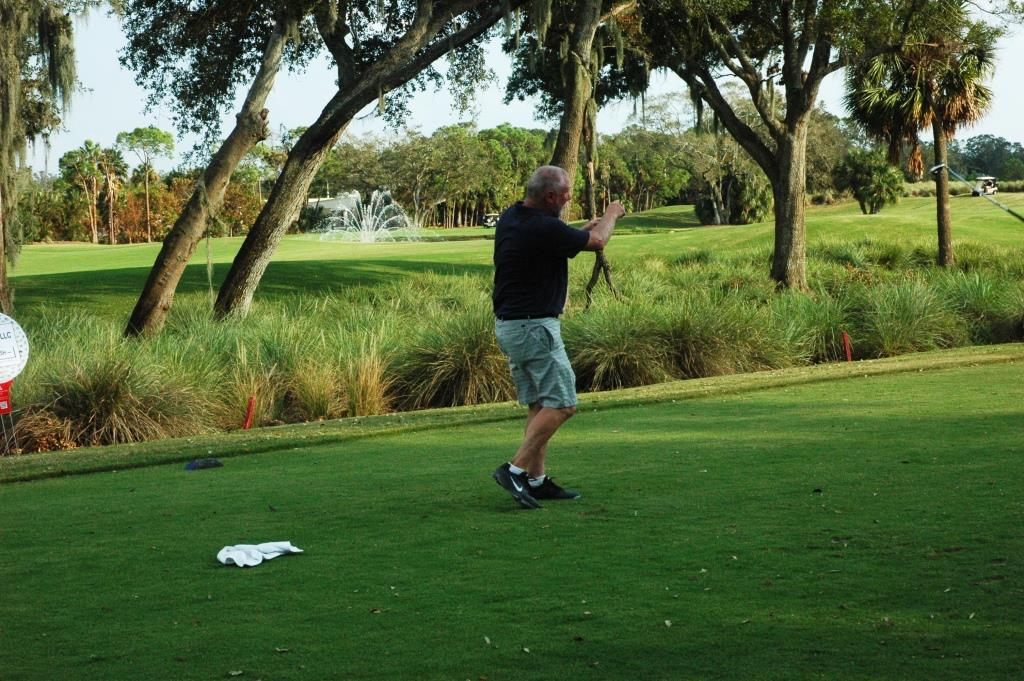 Golf RB - Rusty Russel 1